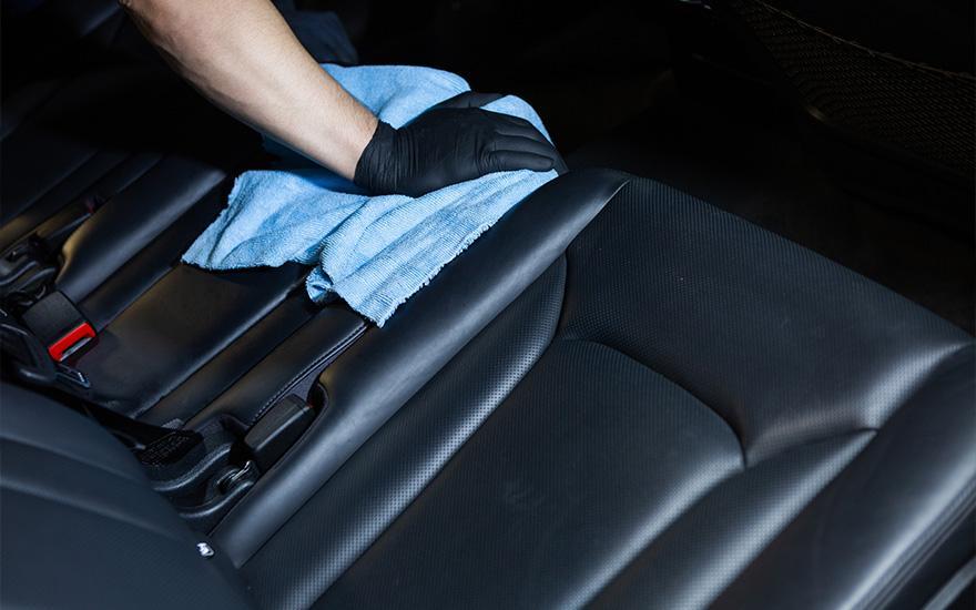 czyszczenie iimpregnacja foteli tylnych samochodu